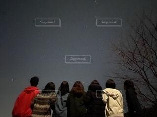 星空の下での写真・画像素材[3371872]