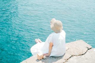 海と女の子の写真・画像素材[3596948]