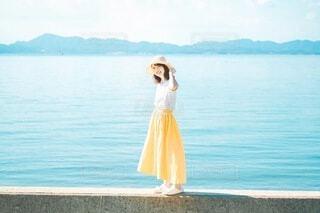 黄色いスカートの写真・画像素材[3617534]