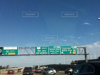 空,看板,車,道路,アメリカ,標識,高速道路,空港,サンフランシスコ,日中