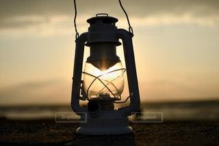 空,屋外,雲,夕焼け,夕暮れ,アート,オレンジ,ランプ,灯台