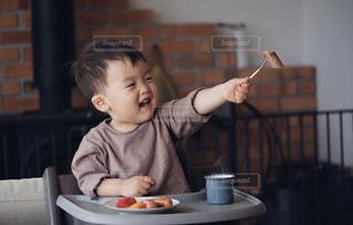ジョンソンヴィル美味しいよ!はいどーぞ!の写真・画像素材[3269675]