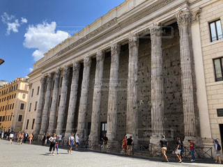建物,ローマ,旅行,イタリア,海外旅行,一人旅,神殿,日中,古代ローマ建築,ローマ寺院