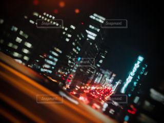 建物,夜,夜景,高速道路,都会,高層ビル,明るい