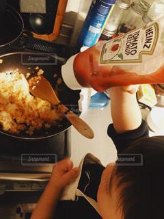 子ども,家族,食べ物,キッチン,料理,息子,お手伝い