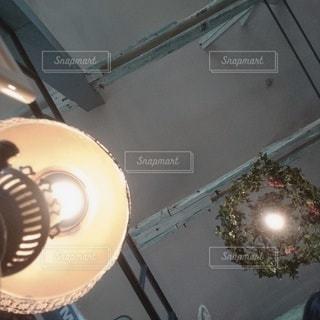 カフェの天井の写真・画像素材[3044214]