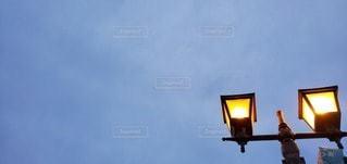 空,屋外,黄色,曇り,夕方,街灯,日中