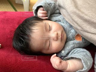 お昼寝する子どもの写真・画像素材[3145777]