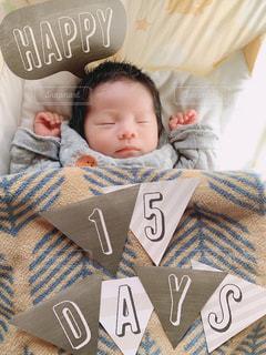 お昼寝する男の子の写真・画像素材[3209702]