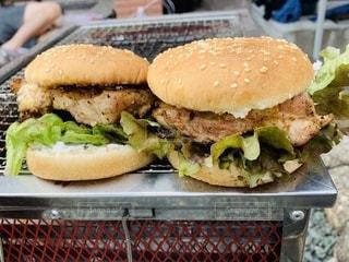 チキンバーガーの写真・画像素材[3520985]