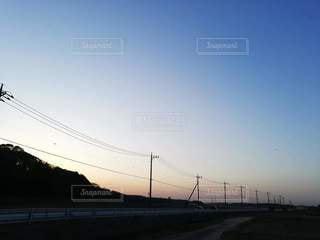 風景,空,夜空,屋外,太陽,夕暮れ,道路,日中