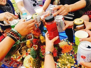 友だち,飲み物,イベント,グラス,乾杯,パーティー,手元