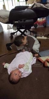 2人,屋内,人,赤ちゃん,幼児