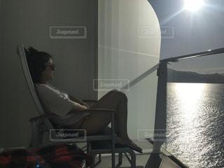 女性,恋人,1人,風景,海,船,テラス,日差し,休憩,人,旅,カリブ海