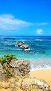 自然,風景,海,ビーチ,青空,沖縄,岩,古宇利島,ハートロック,おきなわ