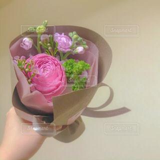 ピンクの花束の写真・画像素材[3084379]