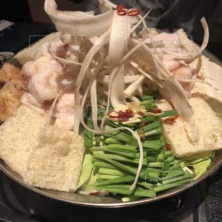 女性,男性,子ども,家族,1人,2人,3人,5人以上,食べ物,食事,屋内,野菜,サラダ,魚介類,博多,もつ鍋