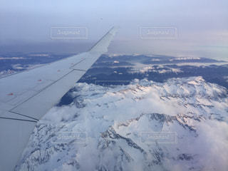 自然,空,雪,屋外,雲,飛行機,窓,山,空中,航空機,フライト,日中