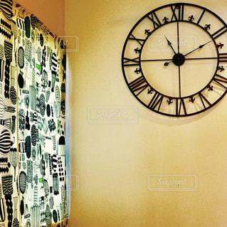 カフェ,カーテン,時計