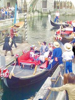 水のボートの人々 のグループ - No.782990