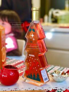 クリスマスはオシャレなワインで乾杯! - No.927693