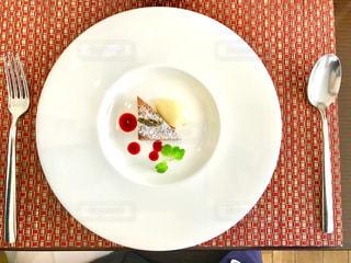 デザートのお皿が大きいの写真・画像素材[1197422]
