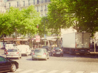 フランスの交差点の写真をsnapseedで加工してみました。の写真・画像素材[1240391]