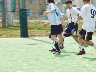 スポーツ,サッカー,フットサル,運動,グラウンド,走