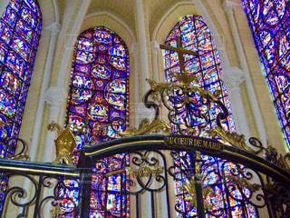 教会の壮大なステンドグラス。の写真・画像素材[1537373]