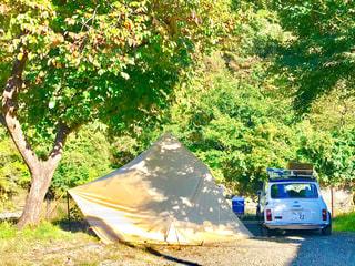 小さな車で身軽なキャンプって素敵です。の写真・画像素材[2367836]