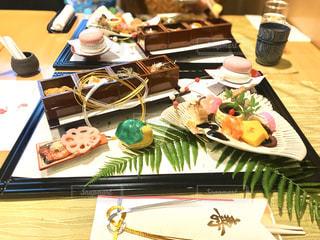 今年のお正月は、ちょっと豪華にホテルのお祝い膳での写真・画像素材[2872375]