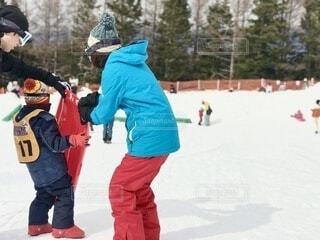 自然,空,冬,雪,山,スキー,運動,ゲレンデ,スキー場,リフト,スノーボード,斜面,ウィンタースポーツ,ソリ,そり遊び