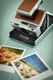ポラロイドカメラの写真・画像素材[3382881]