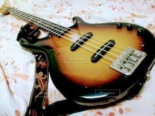 ベースギターの写真・画像素材[3206268]
