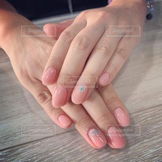 女性,手,指,ジェルネイル,爪,ピンク色,シンプルネイル,オフィスネイル,maogel