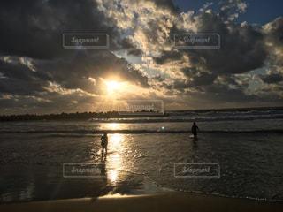 海,空,太陽,夕暮れ,水面,海岸