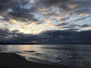 海,空,屋外,太陽,ビーチ,波,水面