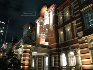 夜の東京駅の写真・画像素材[3096849]