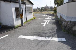 道路の側の標識の写真・画像素材[3125842]