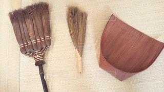 自然素材な掃除道具達の写真・画像素材[3106449]