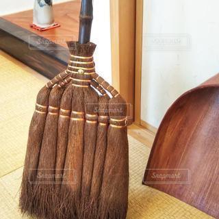 棕櫚箒とはりみの写真・画像素材[3106472]