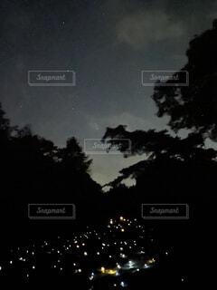 星とライトアップの写真・画像素材[4752471]