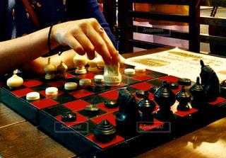 チェスをする人の写真・画像素材[3092896]