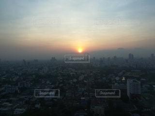 大都会の朝の写真・画像素材[3101192]