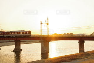 橋を渡る列車の写真・画像素材[3113650]