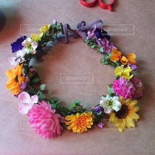 手作りの花冠の写真・画像素材[3422829]