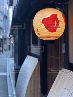 建物の側面にある記号の写真・画像素材[918398]