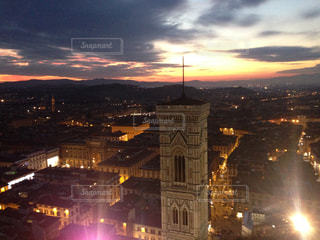 フィレンツェの夕暮れの写真・画像素材[3115436]
