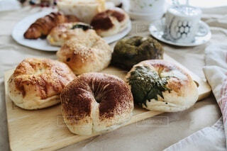 ベーグルでパンパーティーの写真・画像素材[3963315]