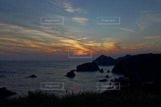 海に沈む美しい夕陽の写真・画像素材[3440137]